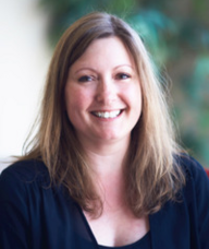 Book an Appointment with Dr. Lynda Smith for Acupuncture